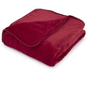 NWT Vellux Weighted Throw blanket 12 lbs